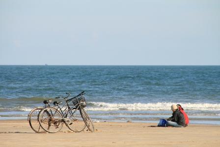 Relax on the beach/BIKING 2 days/1night - HCM to MUI NE BEACH